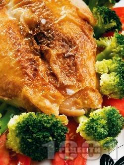Печени мариновани пилешки гърди с кимион, канела, чесън на прах и бяло вино на фурна - снимка на рецептата